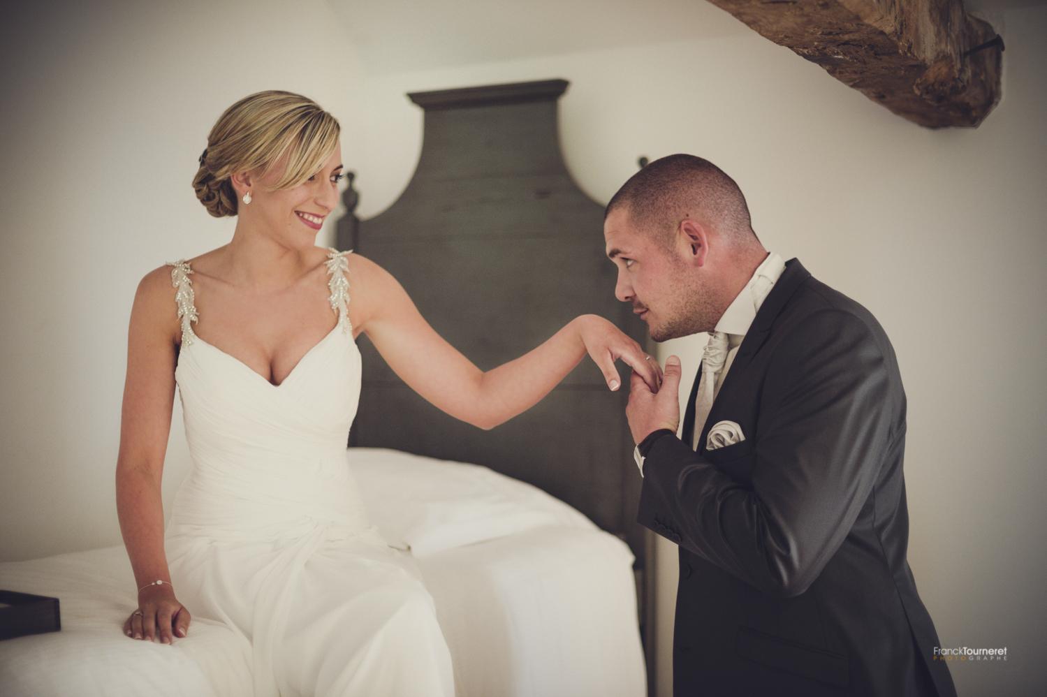 Un mariage fort en émotions à Villeneuve d'Aveyron