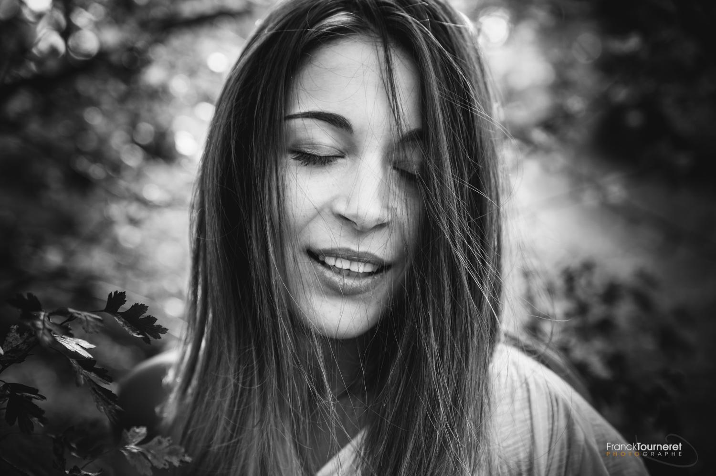 Série de portraits : les émotions de Chloé