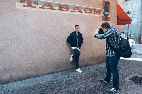 Photo de Luc Tazelmati sur le shooting de Franck Tourneret pour Yoov