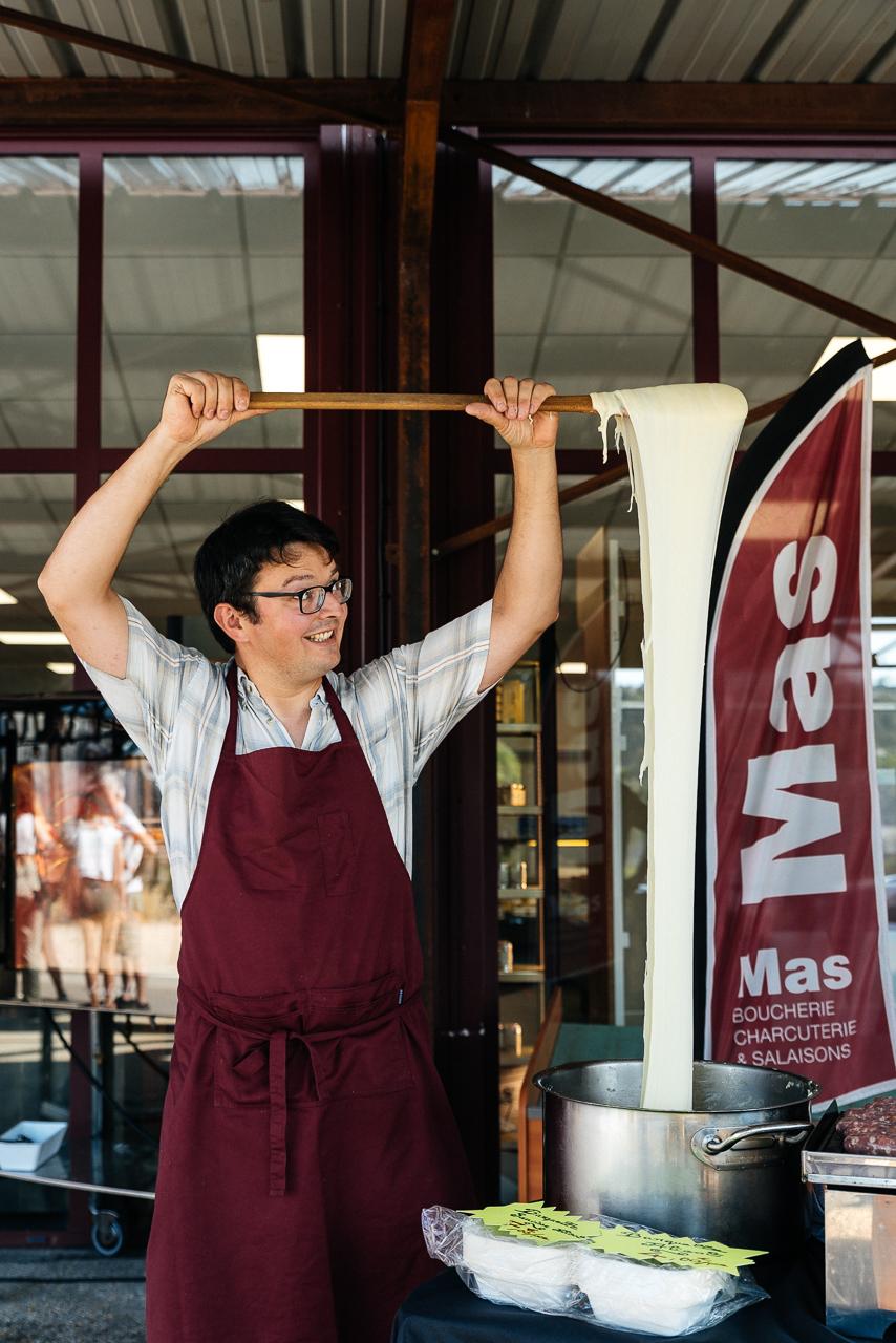 Dégustation «Aligot Saucisse» chez Mas, Charcuterie Boucherie à Rodez !